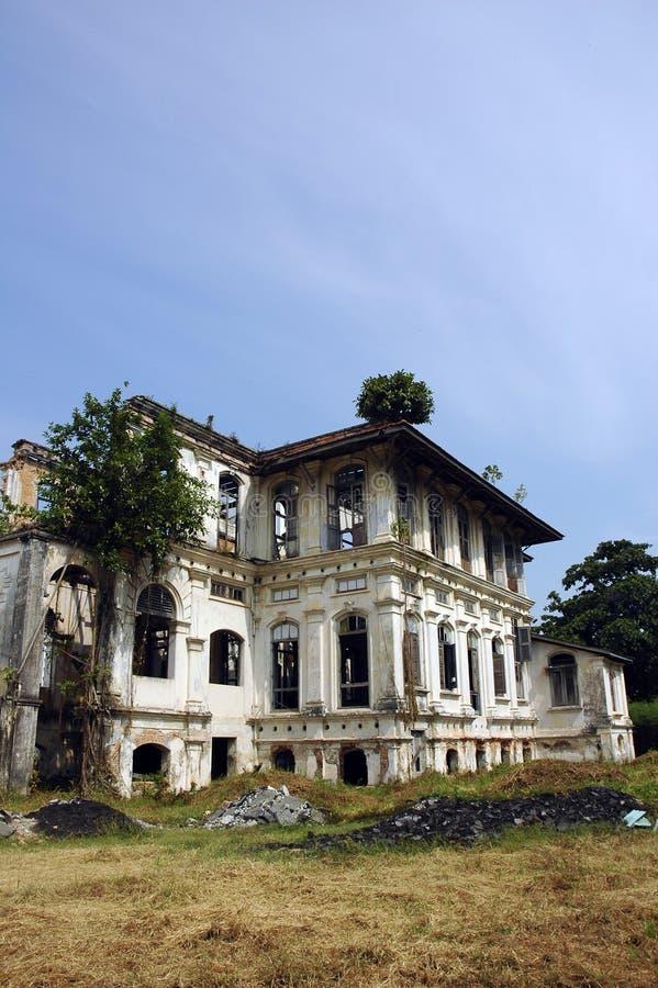 старая сокрушенная зданием стоковые фото