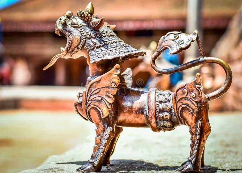 старая статуя города и виска в Непале стоковые фото