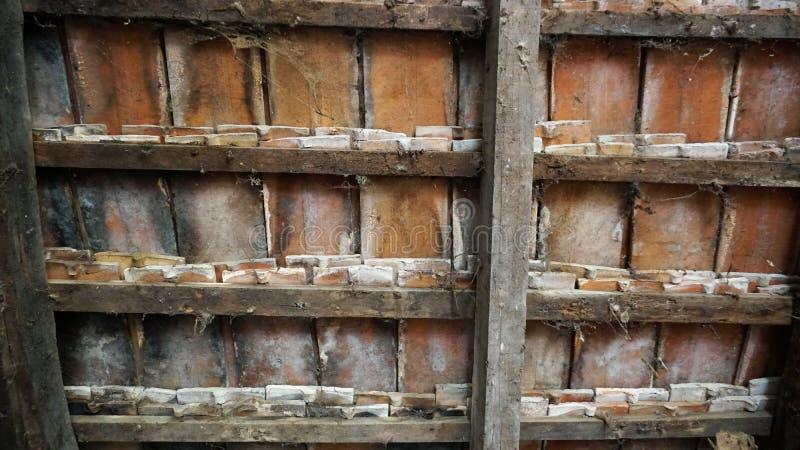 Старая текстура плитки ранчо стоковая фотография rf