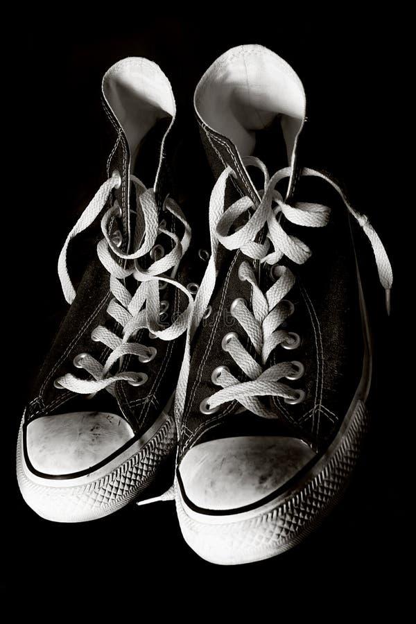 Старая теннисная обувь стоковые изображения rf