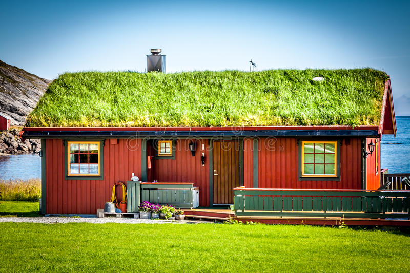 Старая традиционная дом в Норвегии стоковое изображение