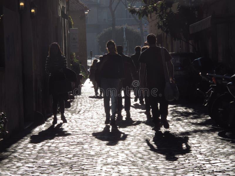 Старая улица в Риме стоковые фотографии rf
