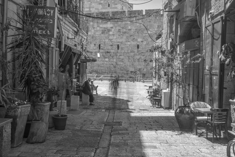 Старая улица Иерусалима города в каникулах туризма лета стоковые изображения