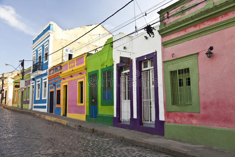 Старая улица в историческом городе Olinda Бразилии стоковое фото rf