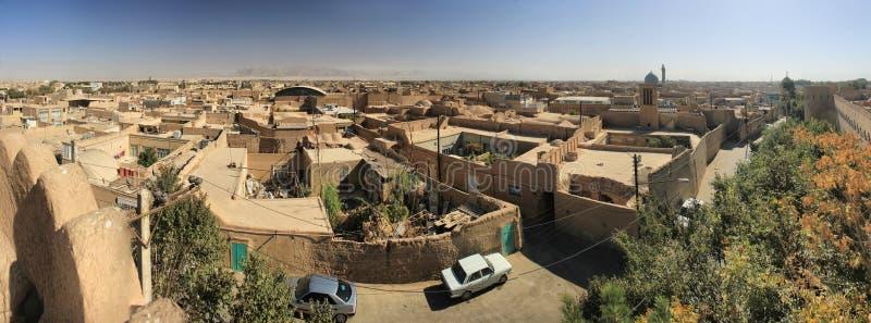 Старая улица yazd от крыши стоковая фотография