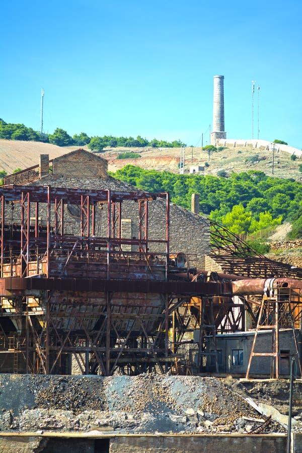 Старая фабрика минирования стоковые фотографии rf