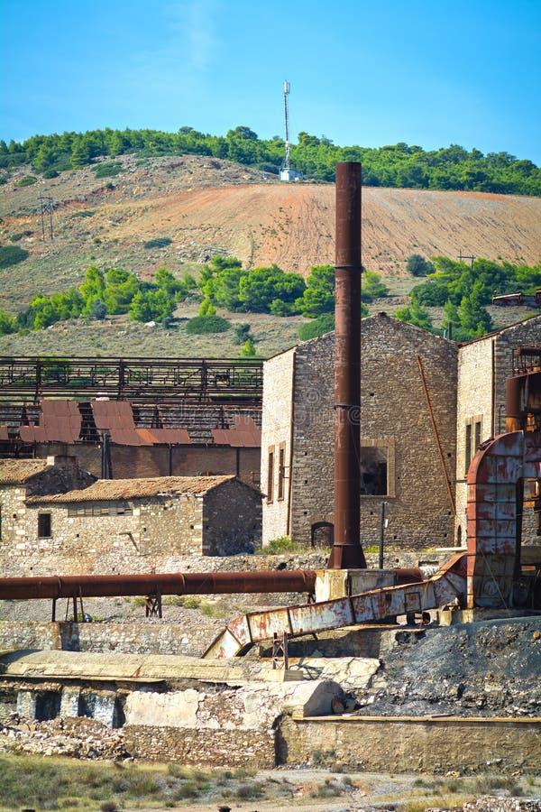 Старая фабрика минирования стоковая фотография