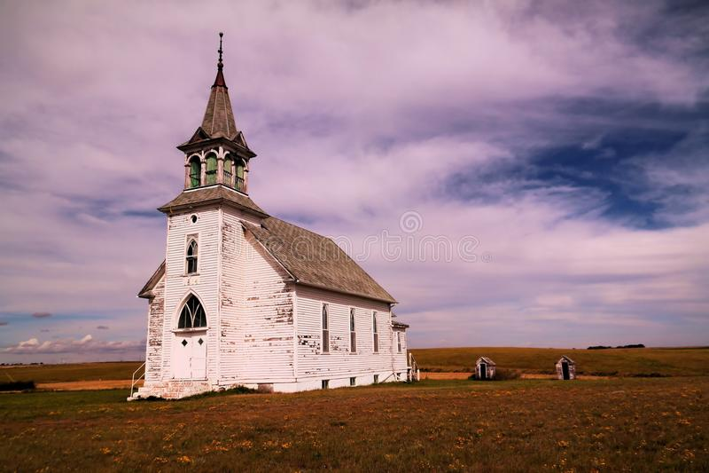 Старая церковь в Северной Дакоте стоковая фотография rf