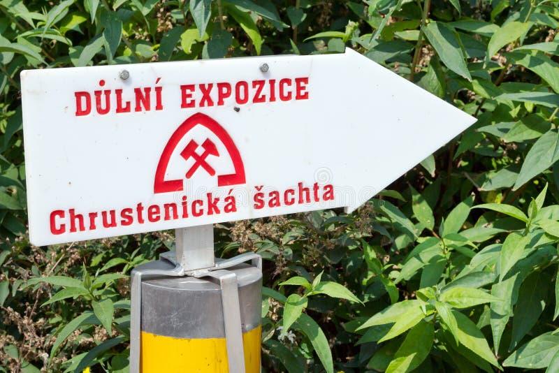 Старая шахта железной руды, вал Chrustenice, Lodenice, центральная богемская зона, чехия - уникально 84 подземных пола стоковое фото