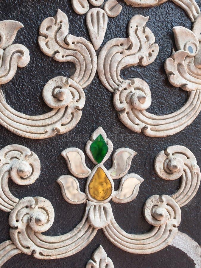 Старая штукатурка в тайском стиле картины стоковые изображения
