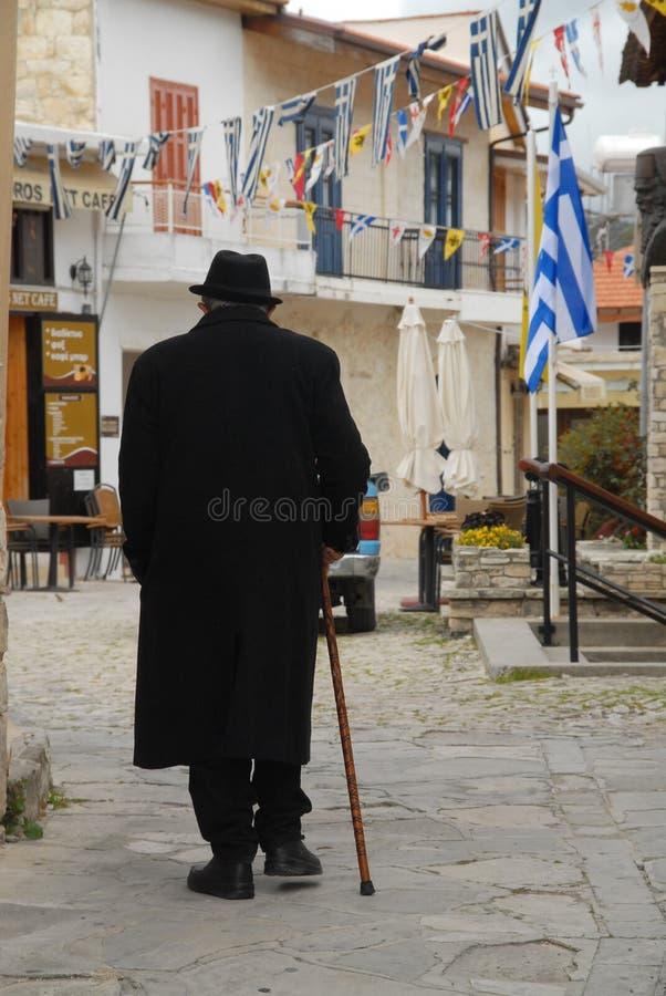 Старик в Paphos стоковая фотография