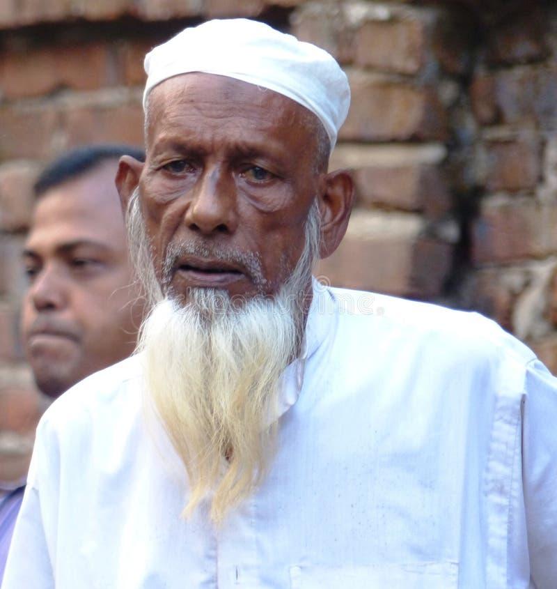 Старик с белой бородой стоковое фото