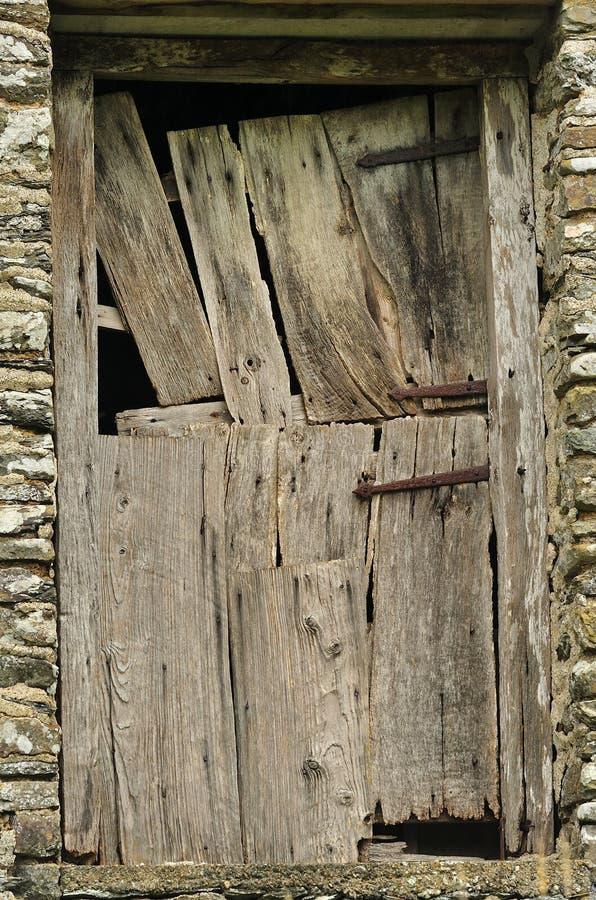 Стародедовская дверь амбара стоковые фотографии rf