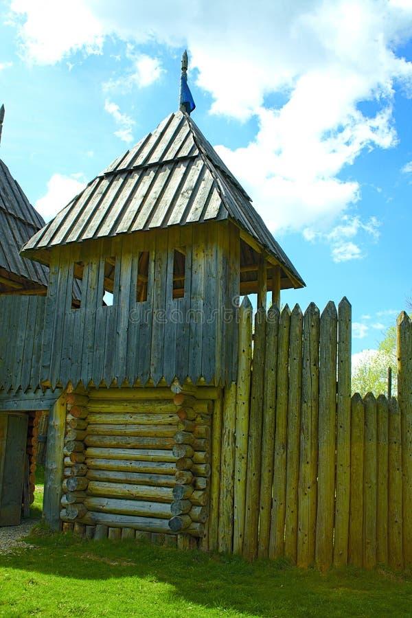 стародедовская крепость деревянная стоковое фото rf