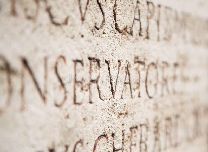Download стародедовский каменный текст Стоковое Фото - изображение насчитывающей ведущего, история: 6857610