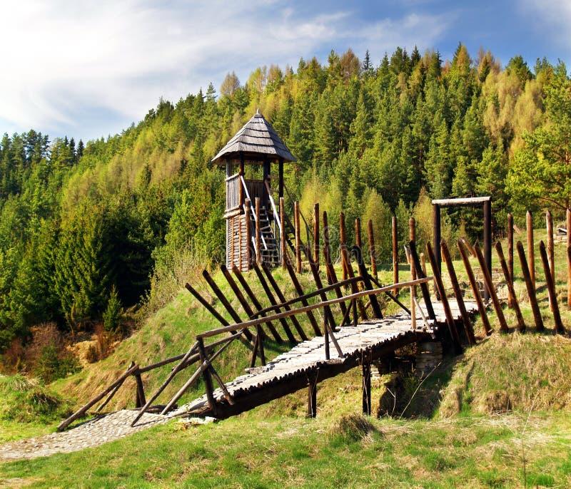 стародедовское городище деревянное стоковые фотографии rf