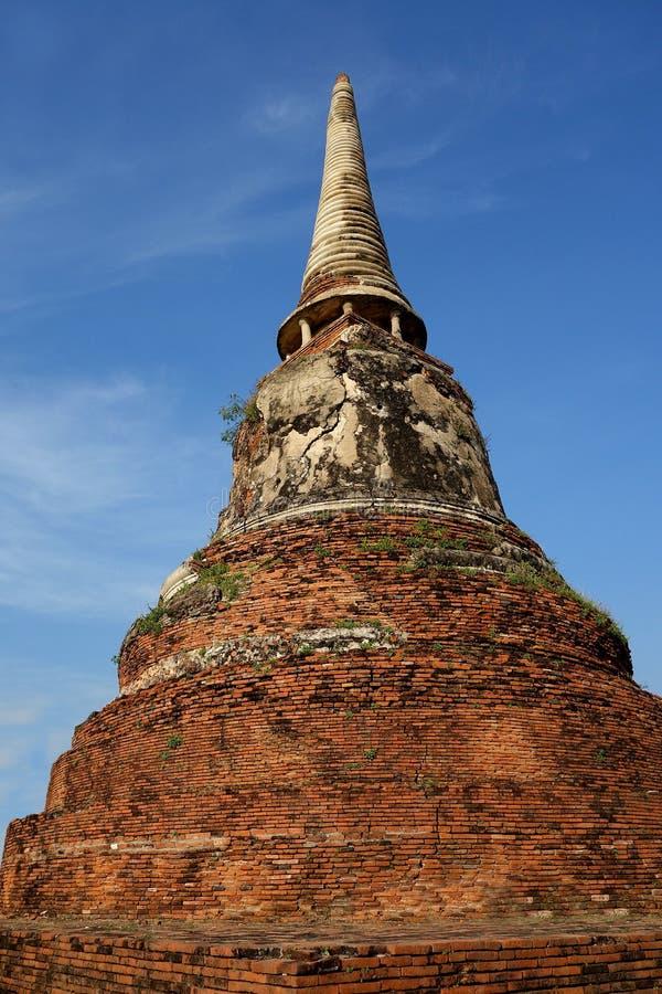 Старое буддийское Stupa Ayutthaya Таиланд стоковые изображения rf