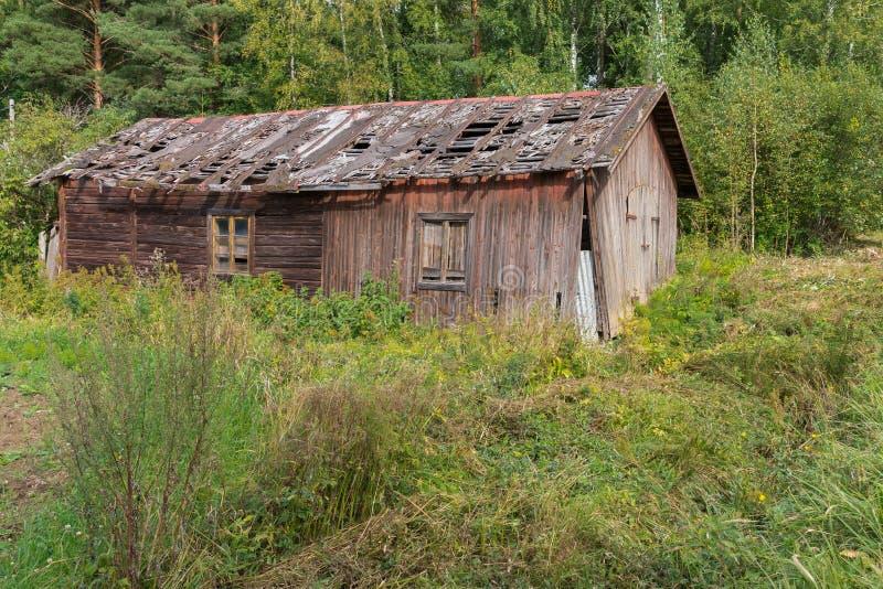 Старое ветхое здание стоковое изображение