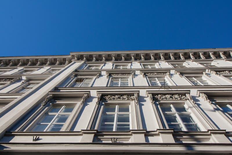 Старое здание в центре города Будапешта стоковая фотография rf
