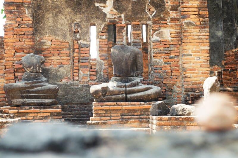 Старое изображение и руины Будды в Ayutthaya стоковое фото rf
