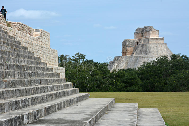 Старое майяское место Uxmal, Мексика стоковые фотографии rf