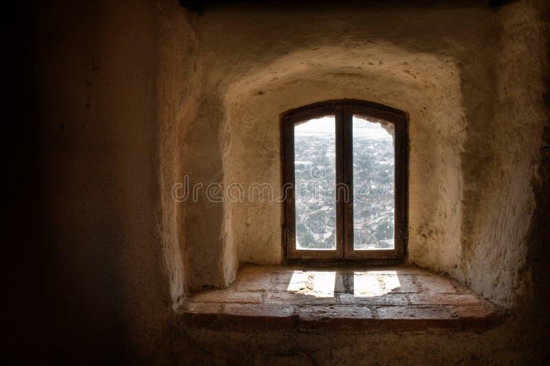 старое окно сбора винограда стоковое фото