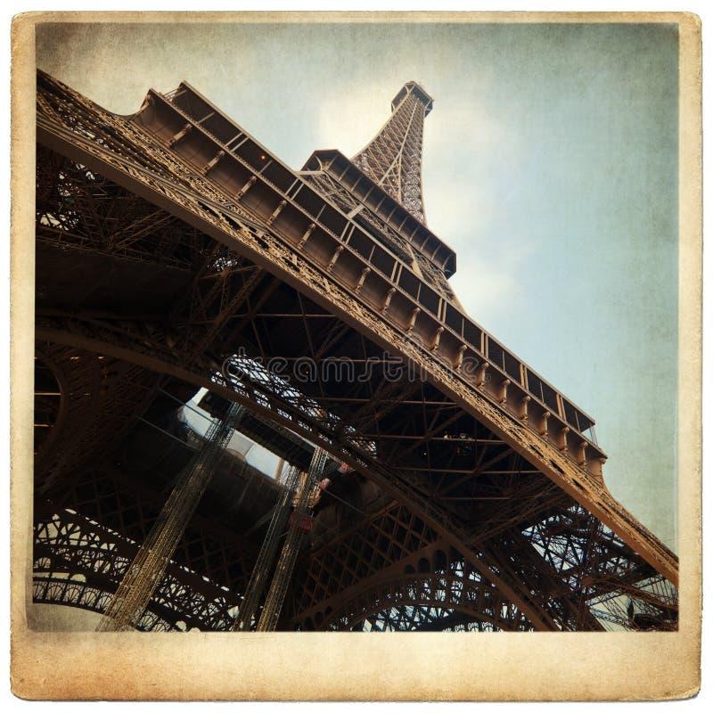 Старое фото картона с Эйфелеваа башней стоковые фото