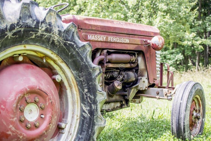 Старое Massey Ferguson стоковое фото
