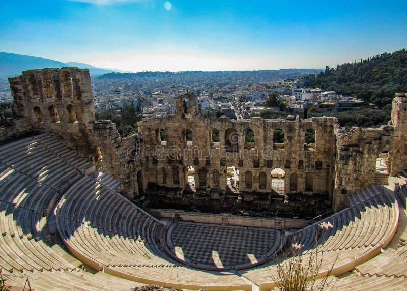 Старое Odeon Аттика Herodes в акрополе, взгляде сверху, Афина, Греция, Европа стоковое фото rf