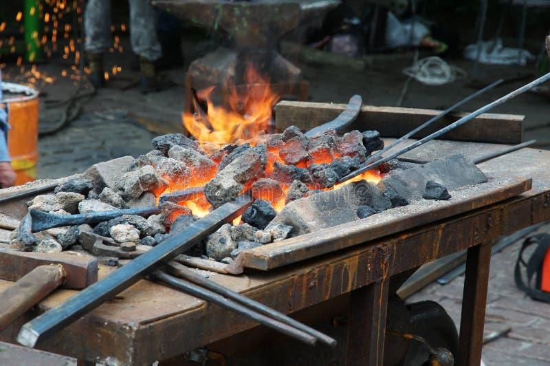 Старомодная печь blacksmith стоковая фотография rf
