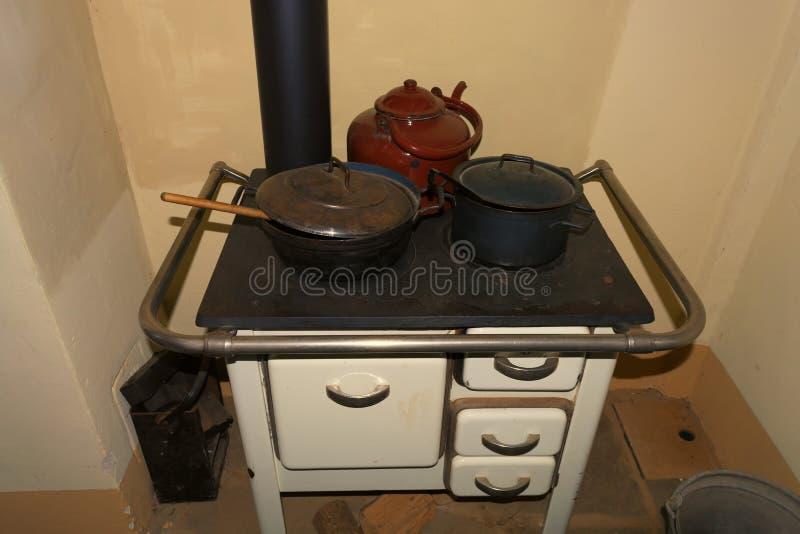 Старомодная плита кухни стоковое фото rf