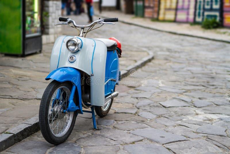 Старомодный винтажный мотоцикл стоковая фотография rf
