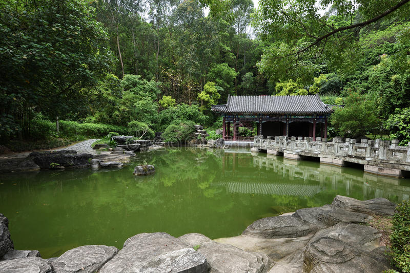стародедовский китайский сад стоковые изображения