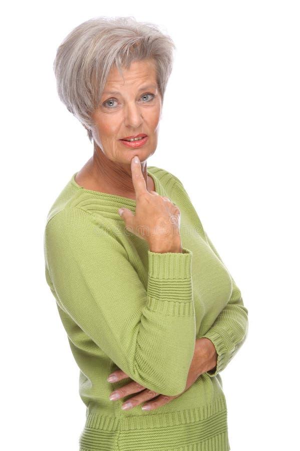 старшая думая женщина стоковые фотографии rf