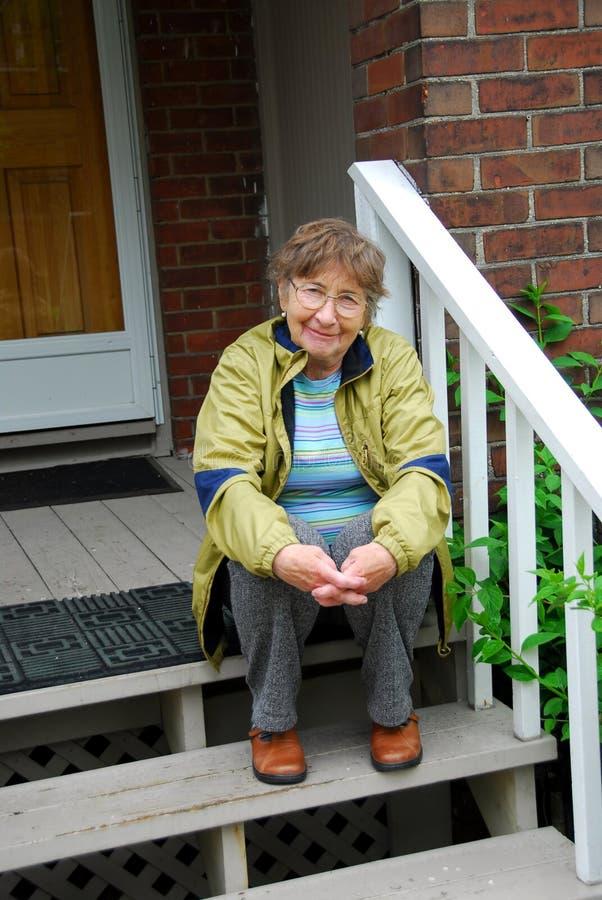 старшая сь женщина стоковое изображение
