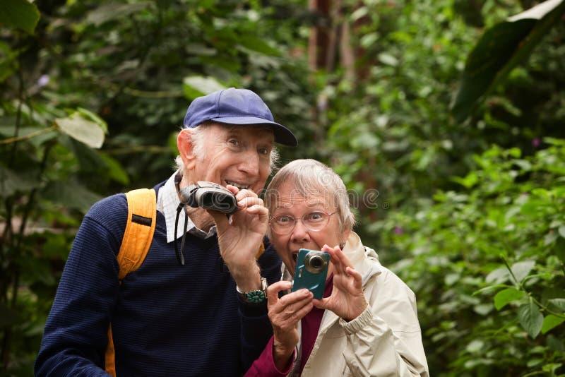 Старшие любовники природы стоковое изображение
