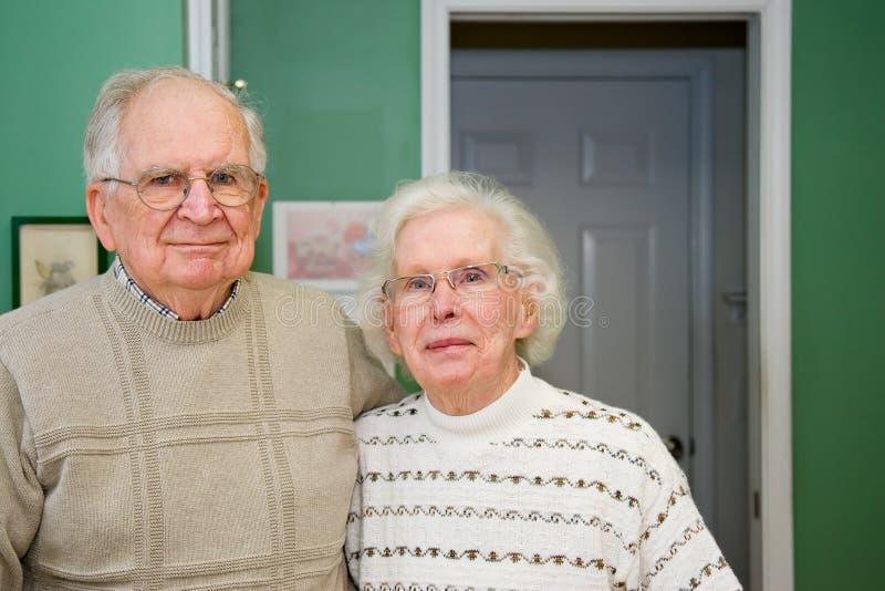 старший пар счастливый стоковое изображение