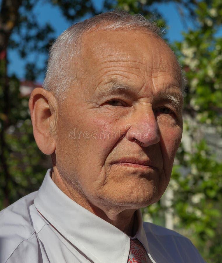 старший портрета человека стоковое фото