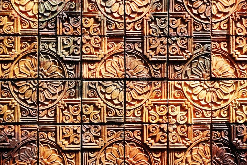 Старые винтажные картины плиток стены агашка handcraft от публики Таиланда стоковое изображение