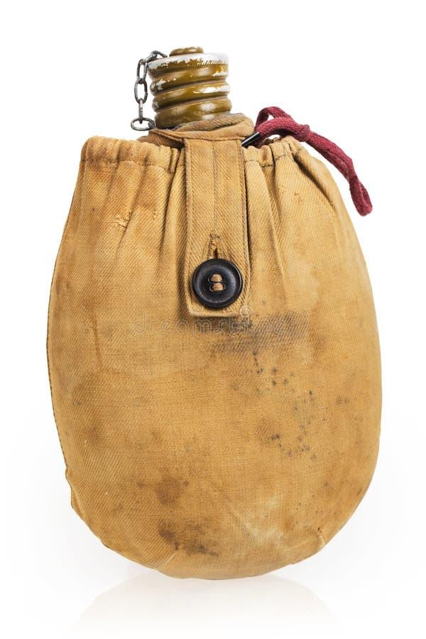 Старые воинские воины hiking склянка в переносной сумке холстины стоковые фото