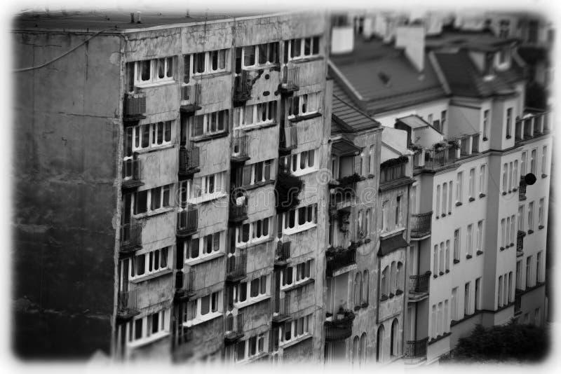Старые жилые кварталы в форме открытки стоковые фото