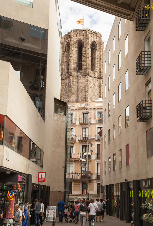 Старые здания Барселона стоковые изображения