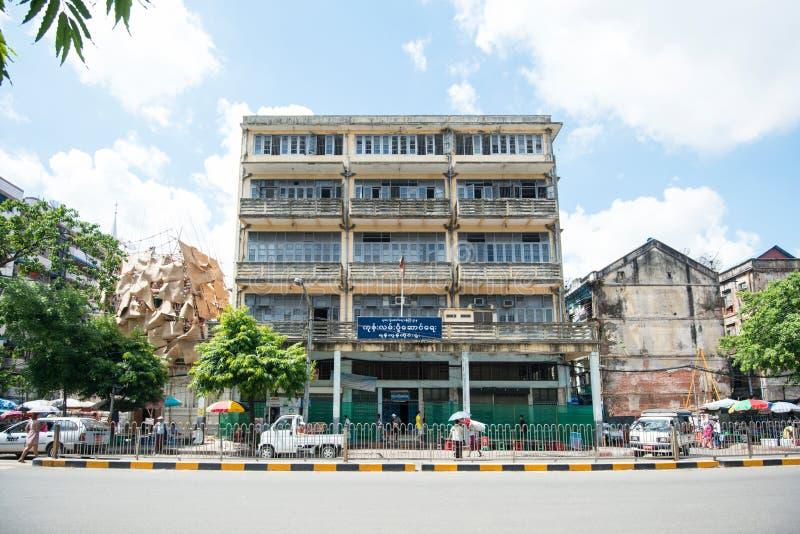 Старые здания в Янгоне стоковое изображение