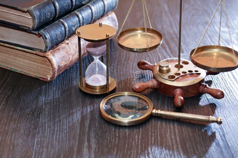 Старые инструменты науки стоковое изображение