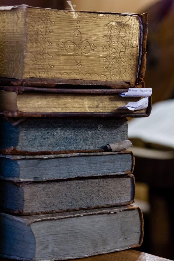 Старые исторические книги стоковое изображение rf