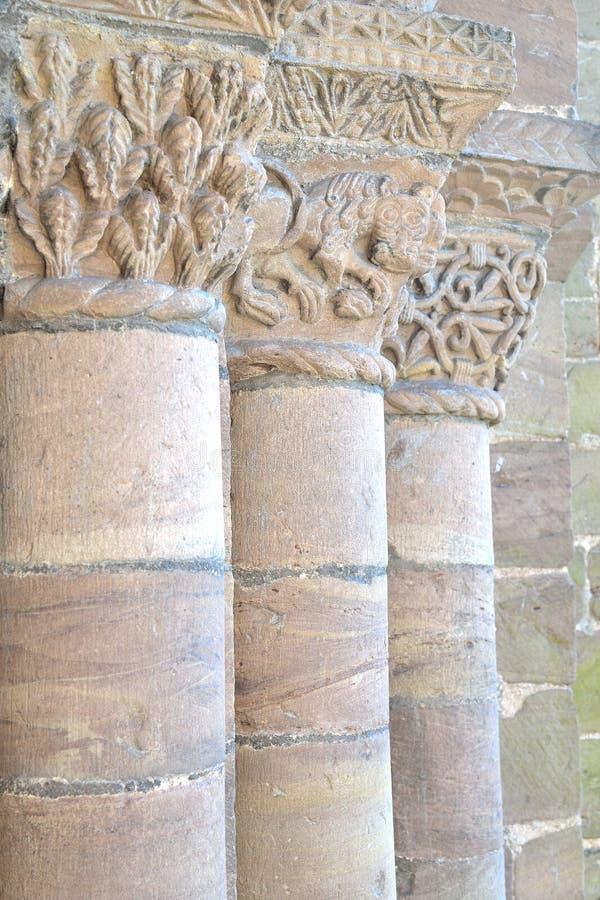 Старые каменные штендеры стоковые изображения