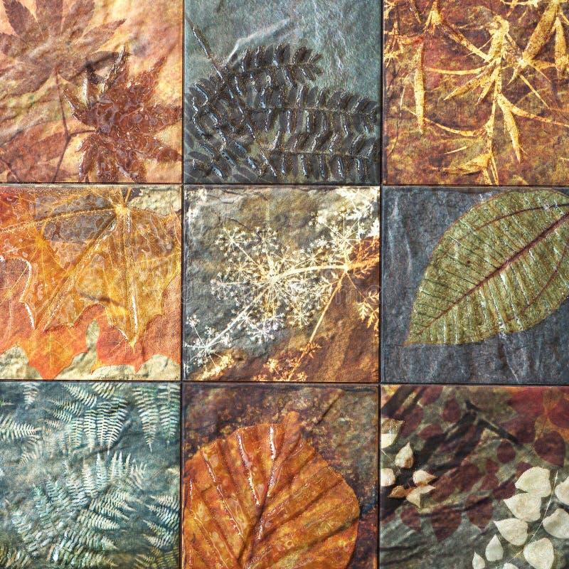 Старые картины керамических плиток стены handcraft от публики Таиланда стоковое фото rf