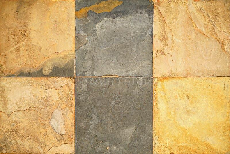 Старые картины плиток плакирования камня стены handcraft стена церков дизайна дома картин плиток конструированная зданием от публ стоковые изображения rf