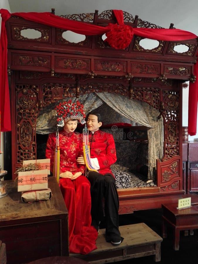 Старые китайские новобрачные стоковые фото