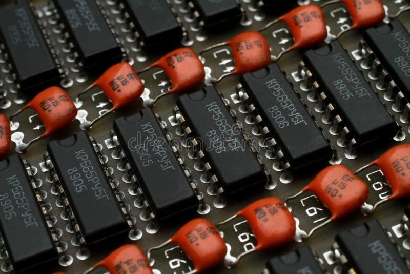 Старые компоненты электроники стоковое фото